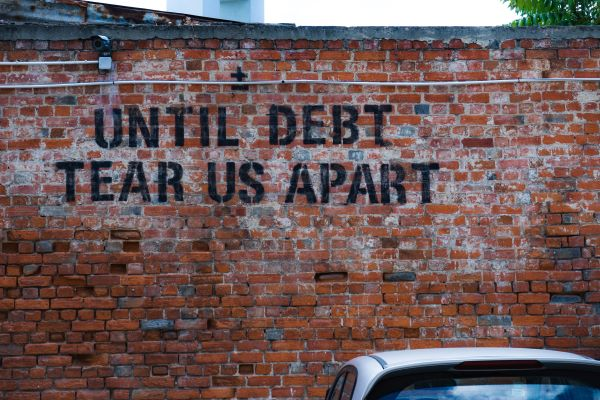 Debt and leasing investment trusts, Photo by Ehud Neuhaus on Unsplash
